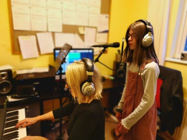 cara recording again at julie donalds music school nottingham
