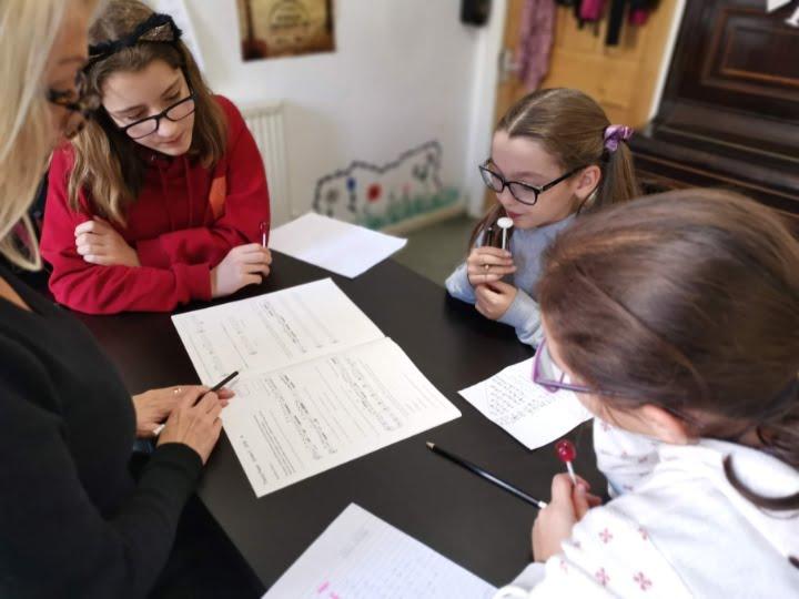 music theory class at julie donald's music school nottingham